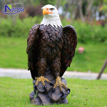 Selling garden ornamental animal eagle resin sculpture NTFA-107Y