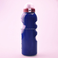 wholesale high quality 750ML soft plastic bottle sports with grip dust cover