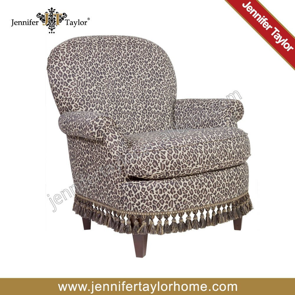 Royal elegant classic living room comfortable arm chair