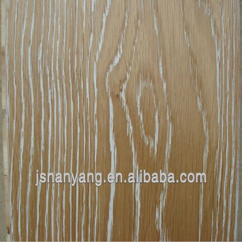 Russia Oak wire brushed engineered wood white washing <strong>flooring</strong>