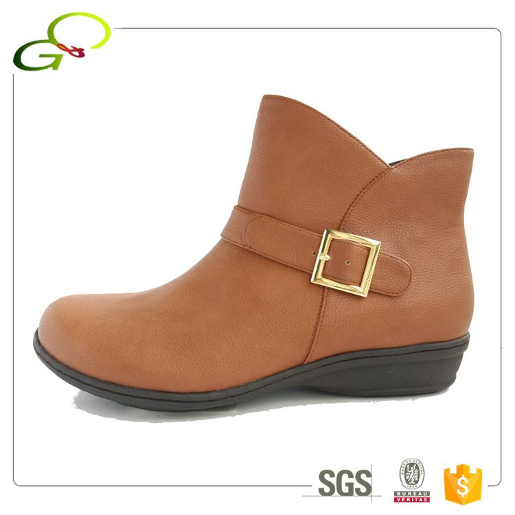 028-18H autum wide strap casual mold outsole women booties