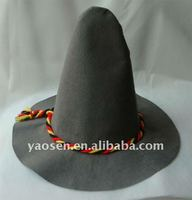180gr grey felt floppy hat with red/yellow/black braid