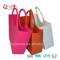 Hand bags for ladys 2017 popular wholesale in Shenzhen made of 100% food grade silicone with FDA&LFGB certificate direct factory