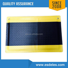 ES14102 2mm/3mm Yellow and black ESD anti-Fatigue PVC material antistatic floor mat