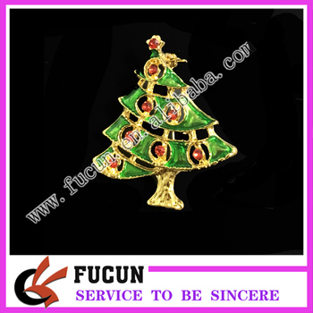 2017 hot sale Europe Christmas gifts wholesale Christmas tree brooch