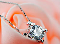 Fashion Jewellery White Gold plated Silver Crystal Necklace Pendant