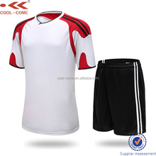 quick dry 100% polyester fabric soccer jerseys men sets