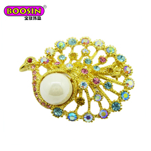 Exquisite handicraft hollow-out the peacock brooch with beautiful tail