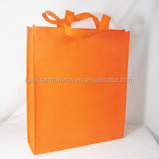 High Quality Soft Nonwoven Bag Material PP Nonwoven Roll