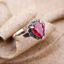 OUXI fashion wholesale red emerald stone ring for man and woman G70018-2