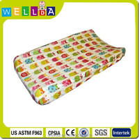 2015 new design of waterproof travel baby diaper changing pad