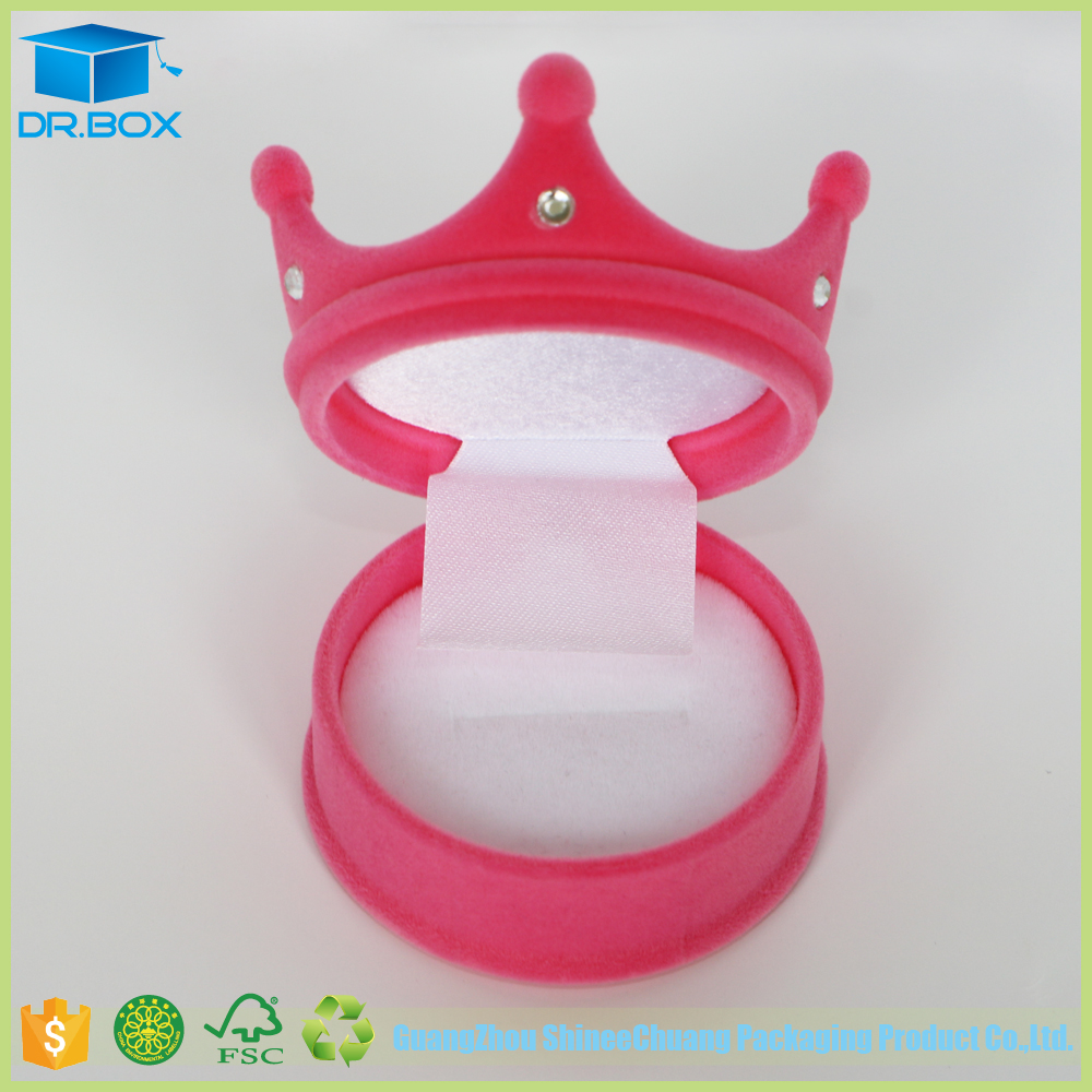 Hot selling custom design plastic round crown shape box, wholesale ring boxes with customer's logo