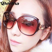2015 Newest Big Frame Fox Decorate Luxury Women Sunglasses A9