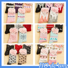 2016 Christmas snowflake deer pattern girl's cartoon tube socks thick warm women nylon socks MHo-168