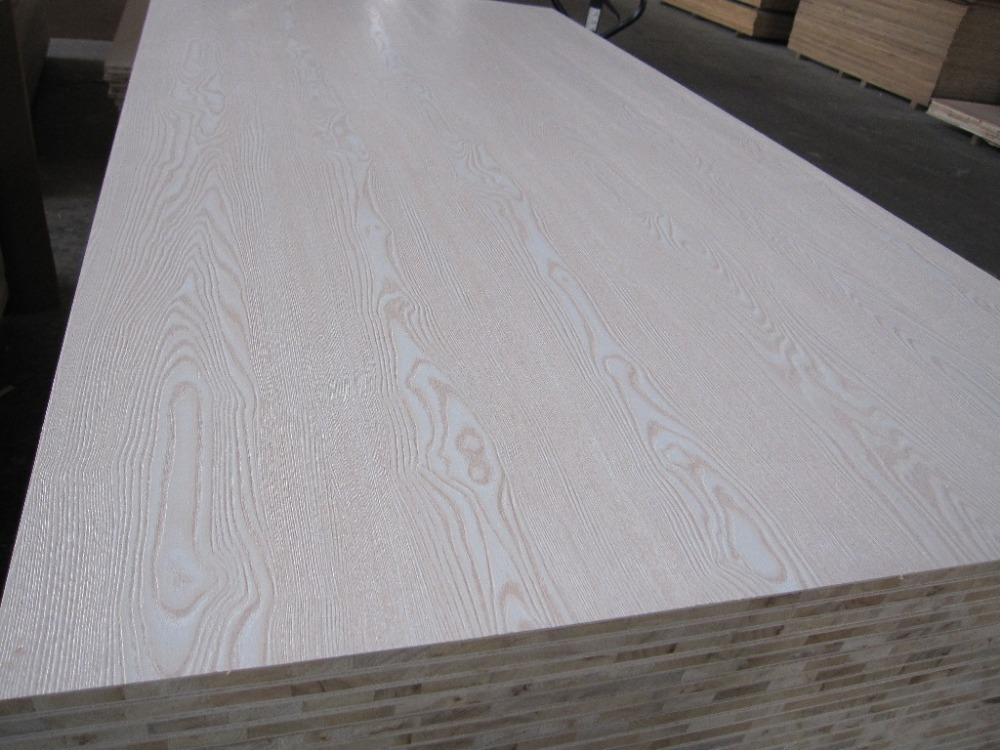 Rotary cut veneer red oak plywood from nanning guangxi for Furniture quality plywood