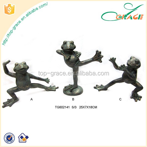 Outdoor polyresin frog practice Chinese kung fu garden decoration