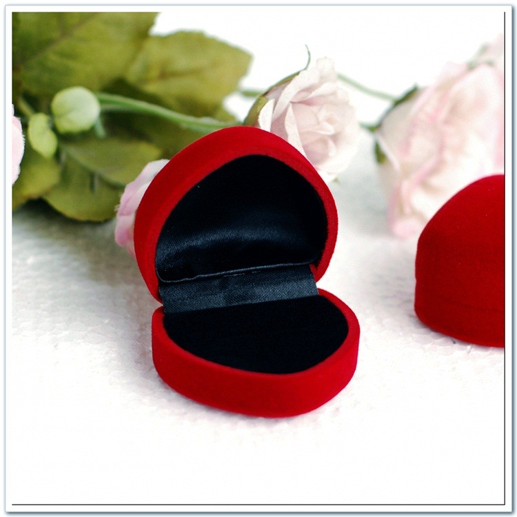 Professional Produation Custom Red Velvet Flocking Small Ring Jewelry Packaging Box For Wedding