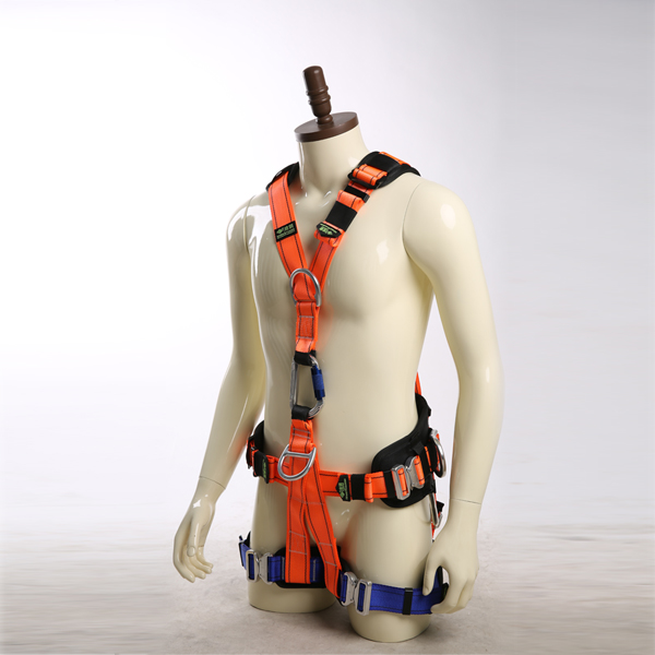 Wind power body safety belt for construction fall protecting lanyard