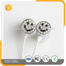 Factory Price Creative Smile Portable High Quality Stereo Wired Headphones, Fashion Universal Music Headphones Wholesale