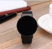 Fashion design heart rate smart watch support phone call with speaker,mic for Android/iOS