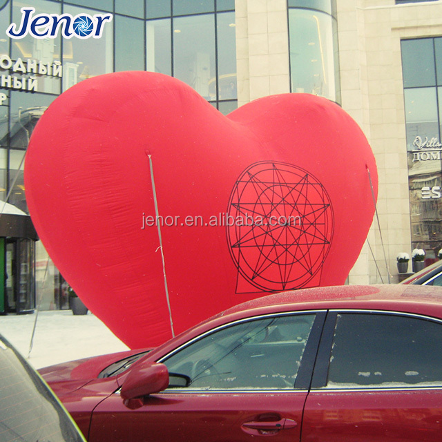 Giant inflatable red heart for wedding decoration