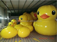 Lovely Giant Inflatable Yellow Duck With 5 Piece Inflatable Eggs For New Year Holiday Decoration Promotion Event