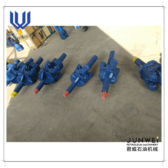 API factory manufacture tricone reamer bit/drilling hole openers for hard rock formation