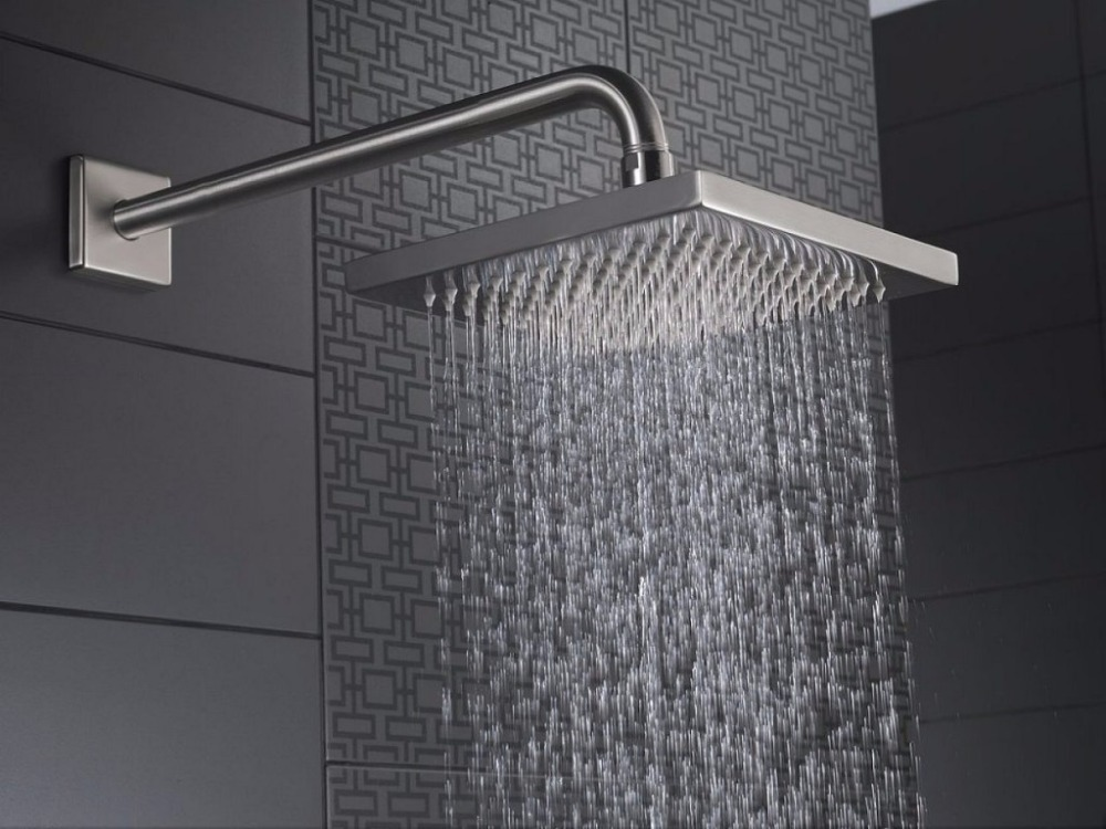 Sagetta 20 Inch 24 Inch Retractable Ceiling Rain Shower Head Rainful