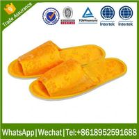 cheap disposable Indoor slipper soft nude chinese men slipper with printing logo