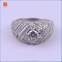 Top Design S925 Ring with Single Crystal