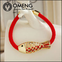 Golden Hollow Out Design Fish Bird Pattern Jewelry Lucky Red Fabric Bracelet