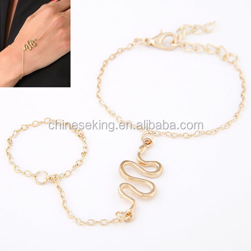 Snake shape alloy finger chain ring bracelet cheap finger bracelets women finger chain ring bracelet jewelry
