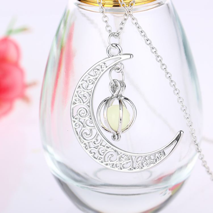 Magic Moon And Sun Glow In The Dark NecklaceFour Colors Beautiful Hollow Luminous Necklaces