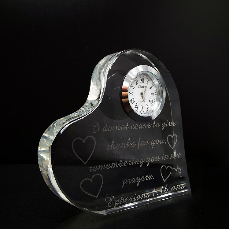 wholesale Romantic decorative Heart Shape crystal table clock souvenir