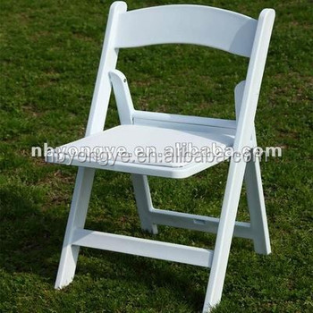 Factory direct pricing Garden wedding resin folding chair
