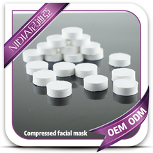 Compressed facial mask sheets with tray