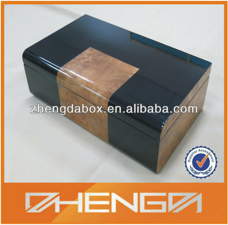 Alibaba china New design High Quality Customized Lacquer Wooden Gift Box