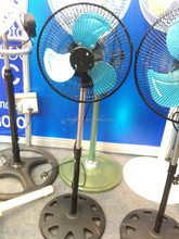 10'' Hot Sell Metal Small Stand Fan