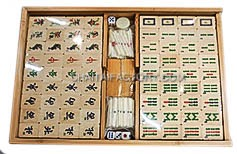 Traditional Mahjong Set in Bamboo Wood Case