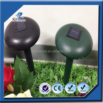 Eco-friendly snake pest control type solar pest repeller