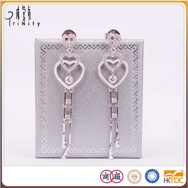 More than 15 years export experienc earrings diamonds