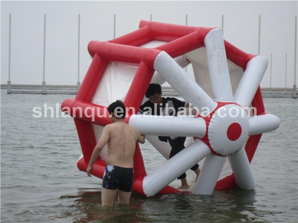 Popular Water Park Toys Inflatable Water Wheel for Kids and Adults