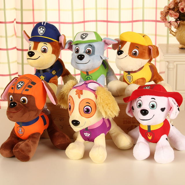 Wholesale hot sale 20cm cartoon action figures car patrol puppy toy anime doll patrol dog plush toys
