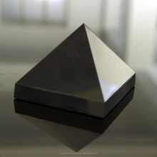 Polished Technique Rough Obsidian Pyramid Custom Sized Obsidian Rock