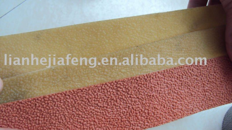 rough surface rubber covering for roller for weaving loom
