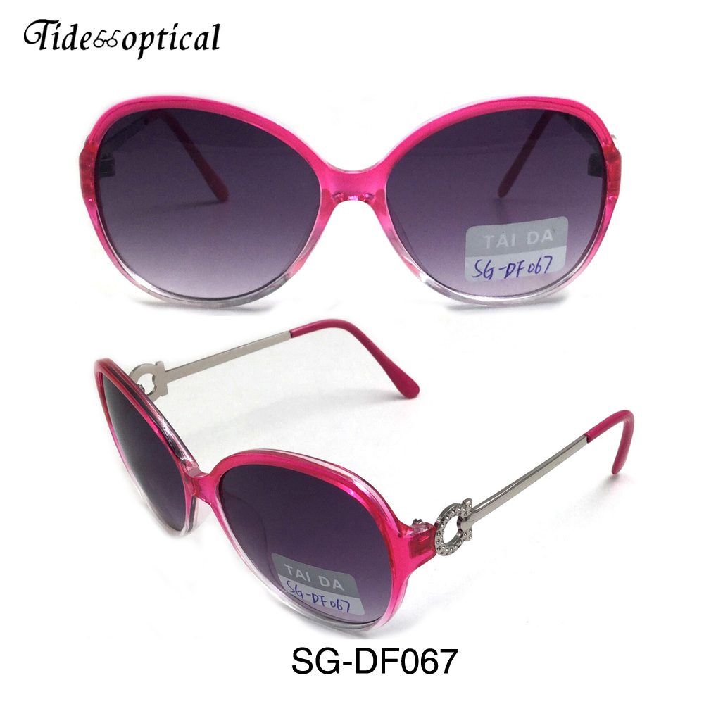 SG-DF067 2017 fashion promotional pc frame metal temples women sunglasses