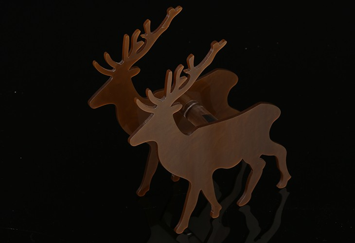 Hot Selling Fashion Exquisite Acrylic Christmas Gift Deer