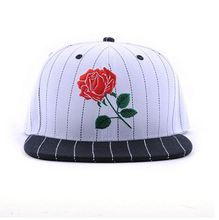 Flat bill 2017 fashion rose embroidery 100% cotton snapback baseball caps with plastic buckle