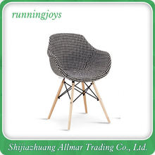 Unique Special Design Wooden Bedroom Chair Fabric Chair
