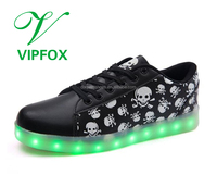Led light flashing skull sport shoes glow sneakers luminous running shoes